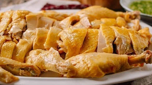Thói quen ăn và chế biến thịt gà ảnh hưởng nghiêm trọng tới sức khỏe, có tới 2 điều mà người Việt thường mắc