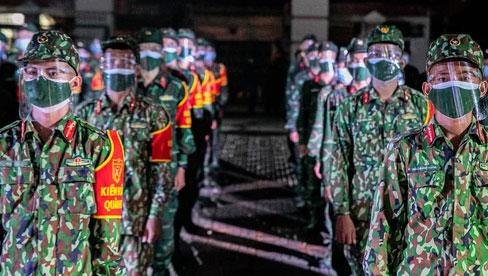 Quân đội xuất quân ngay trong đêm, kiểm soát gần 300 chốt khắp quận huyện TP.HCM