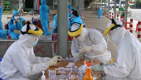 Trưa 24/8, Hà Nội có 51 ca nhiễm mới SARS-CoV-2; trong đó có 3 lái xe luồng xanh từ TP Hồ Chí Minh