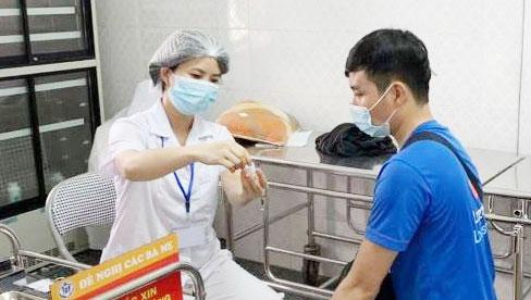 Hà Nội: Thêm 3 đối tượng mới được ưu tiên tiêm vắc xin phòng Covid-19