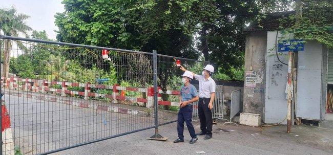 Hà Nội: Lập 16/30 điểm chốt cứng trên các cầu, người dân không di chuyển qua-1