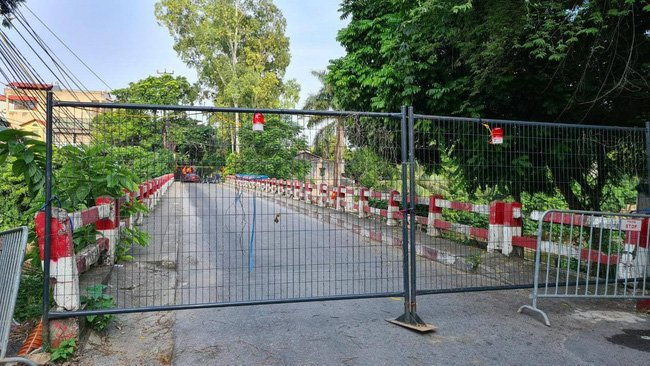 Hà Nội: Lập 16/30 điểm chốt cứng trên các cầu, người dân không di chuyển qua-3