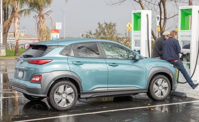 Top 10 chiếc SUV bán lại 'mất giá' nhất năm 2021-2