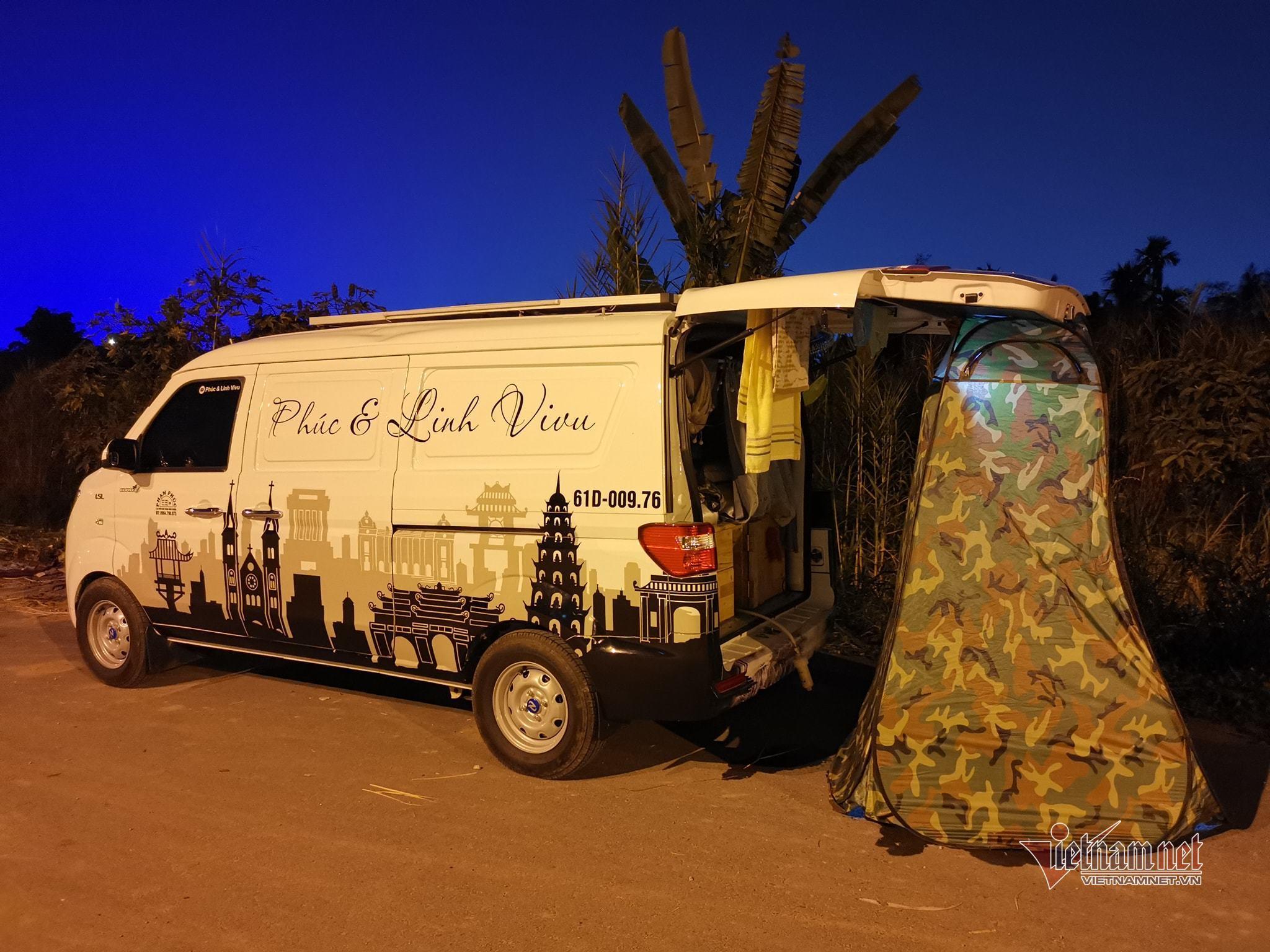 Vợ chồng 9X biến xe Van giá rẻ thành căn hộ di động đi muôn nơi-4