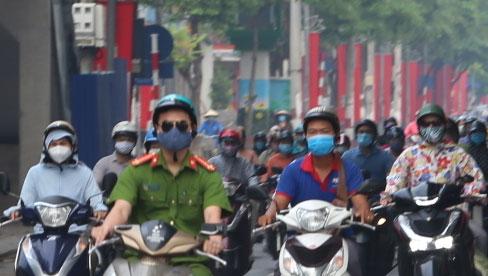 Hà Nội kiểm soát theo giấy đi đường mới từ 6h ngày mai