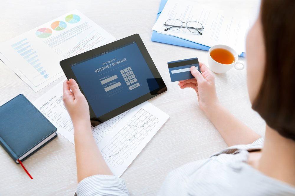 Năm cách bảo vệ tiền an toàn khỏi tội phạm mạng-1