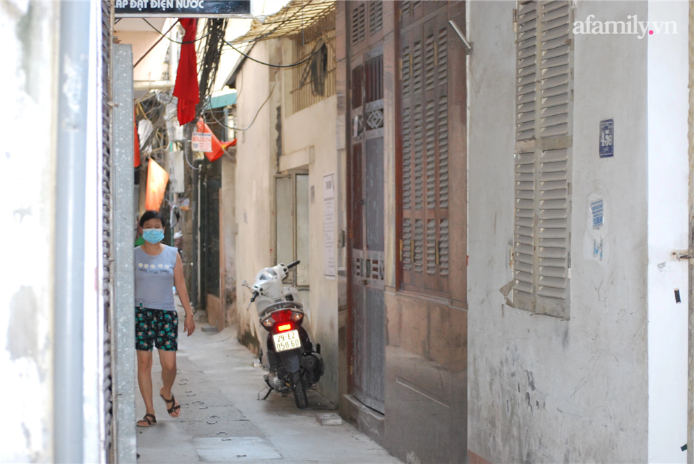 Thông tin mới nhất về vụ cháu bé lớp 5 tử vong vì điện giật khi đang học online ở Hà Nội: Hàng xóm nghe tiếng hét rất lớn-1