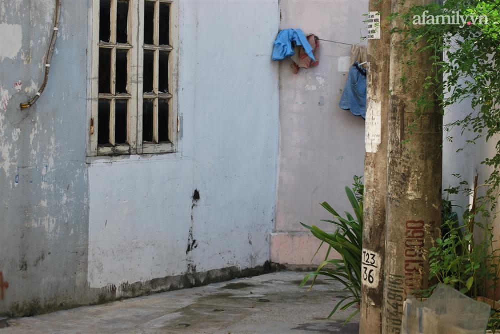 Thông tin mới nhất về vụ cháu bé lớp 5 tử vong vì điện giật khi đang học online ở Hà Nội: Hàng xóm nghe tiếng hét rất lớn-2