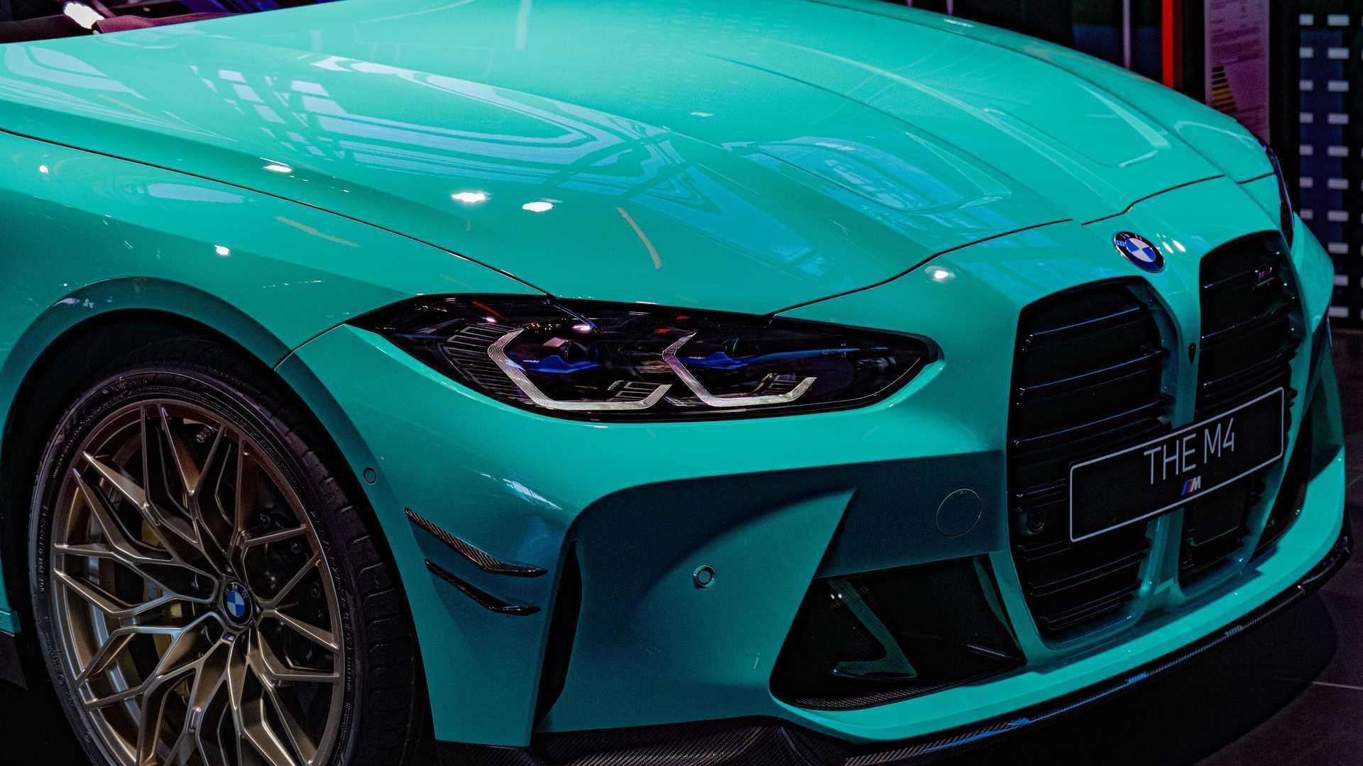Chiêm ngưỡng xe sang BMW M4 màu xanh Mint lạ mắt-3