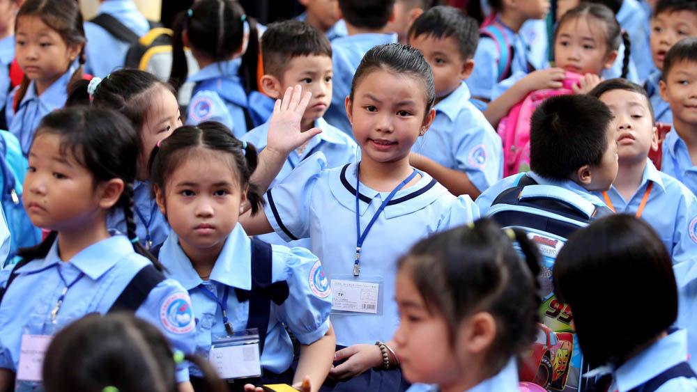 800 phụ huynh kiến nghị dừng dạy online tiếng Anh tích hợp
