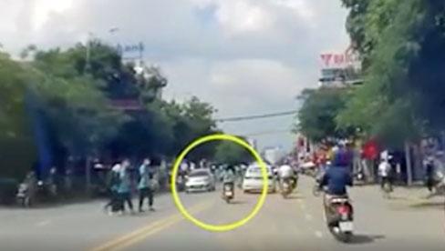 Nữ sinh Hải Phòng phóng xe máy sang làn ngược chiều gây tai nạn kinh hoàng