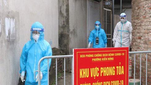 Hà Nội: Tạm phong tỏa chợ Kiến Hưng sau khi ca dương tính SARS-CoV-2 từng đi mua sầu riêng