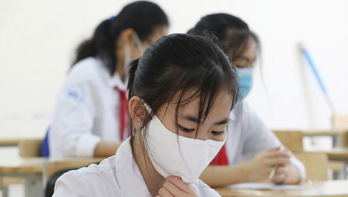 Khi nào Hà Nội có thể cho học sinh quay trở lại trường?
