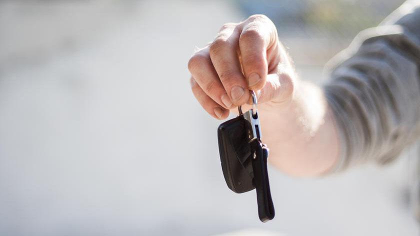 Người bán nên cẩn trọng với những khách tung chiêu lừa mua ô tô cũ