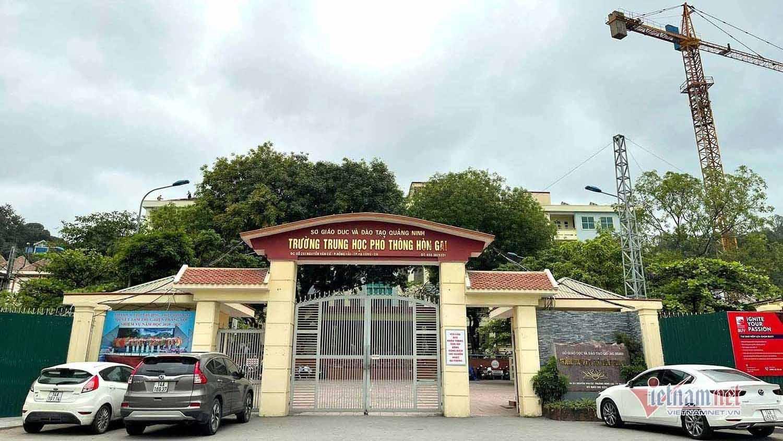 Trường cấp 3 ở Quảng Ninh cho nghỉ học vì liên quan ca Covid-19 mới